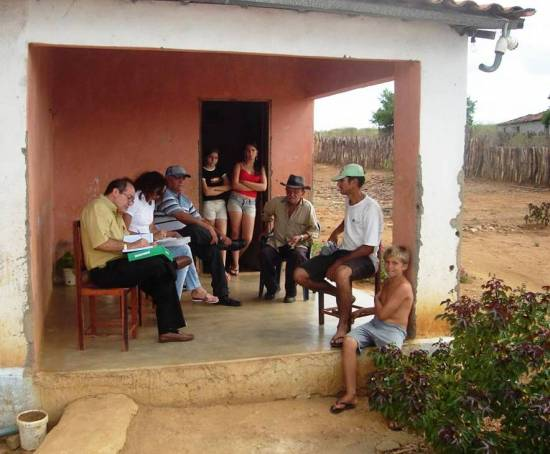 CWC's Brazilian project team interviews residents.