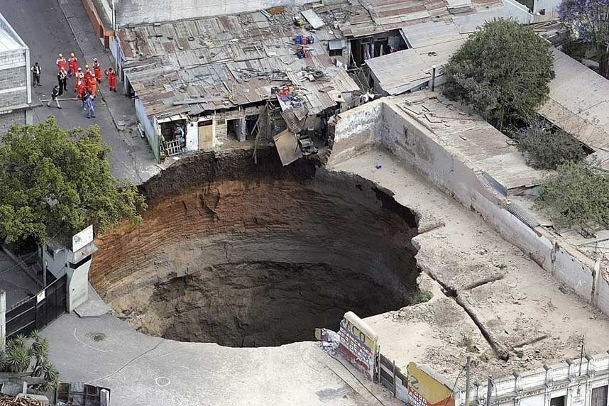 guatsinkhole