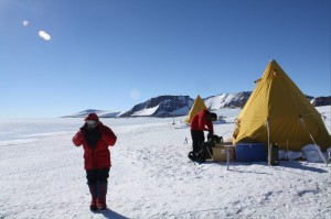 Setting up the camp at the Mt Howe field site