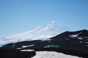 Mt. Erebus (77°32'S, 167°10'E), Ross Island, Antarctica is the world's southernmost active volcano