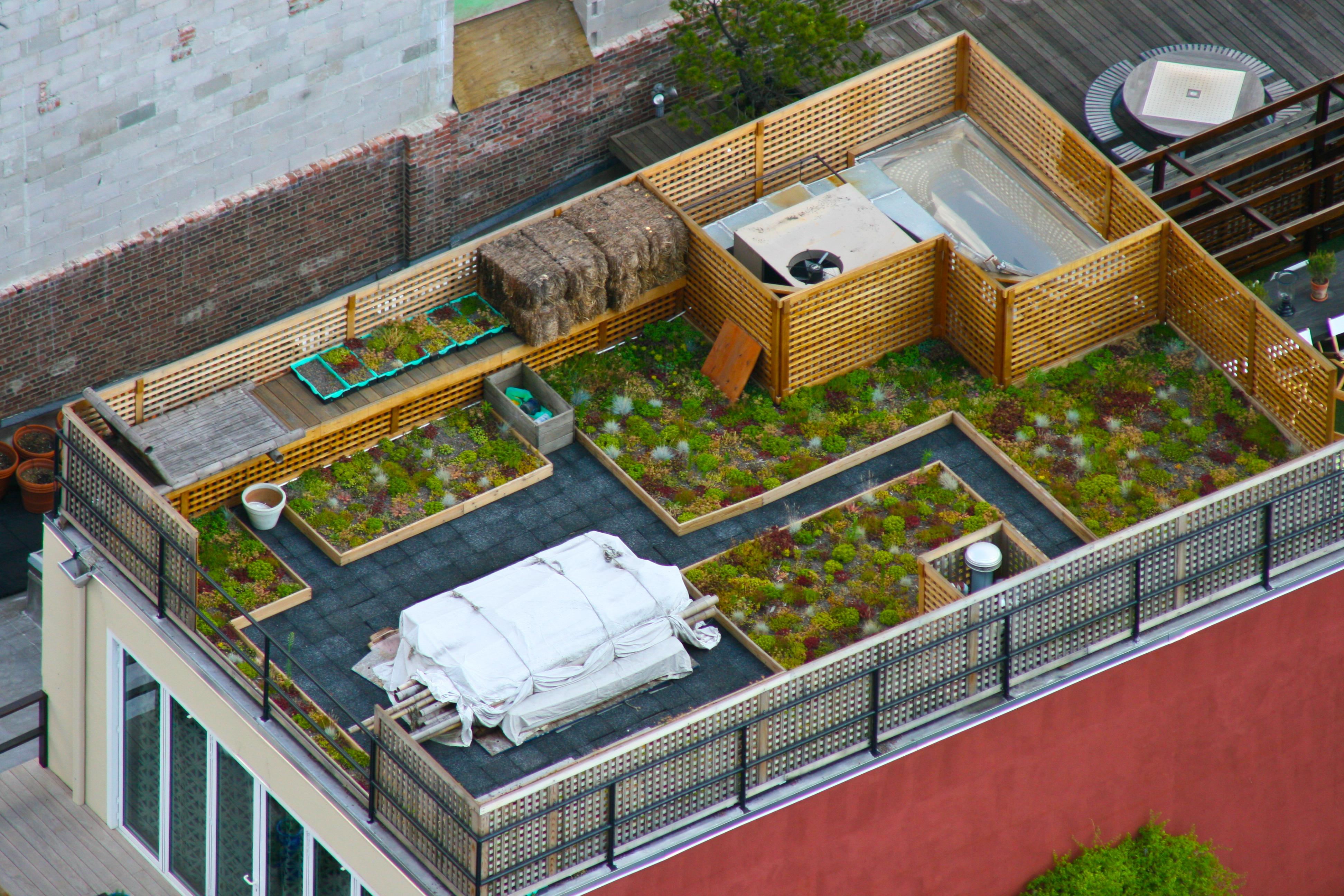 Шикарные террасы на крыше домов.