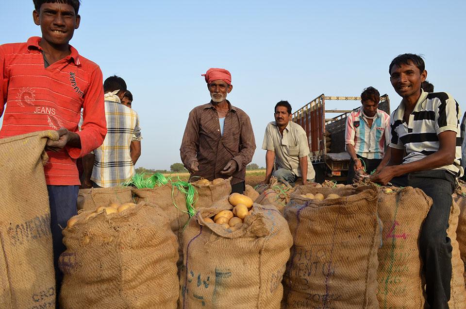 09-farm-laborers