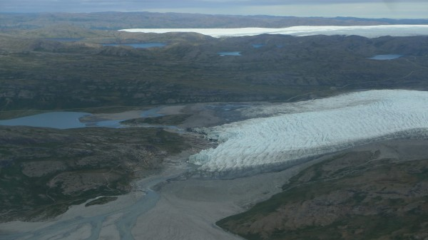 Moving onto the edge of the Greenland Icesheet flying up Sondrestrom Glacier. (photo M. Turrin)