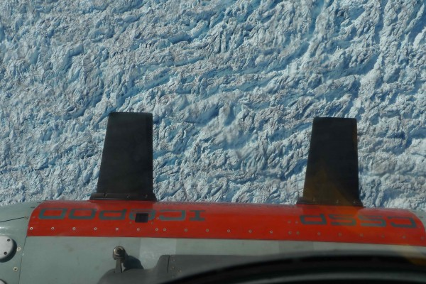 Icepod images over the heavily crevassed surface of the icesheet. (Photo M. Turrin)