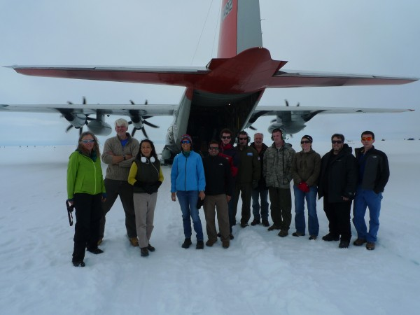 The icepod team at Raven Camp, Greenland Icesheet. (Photo M. Turrin)