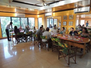 Eating breakfast at the Nazimgarh Resort.