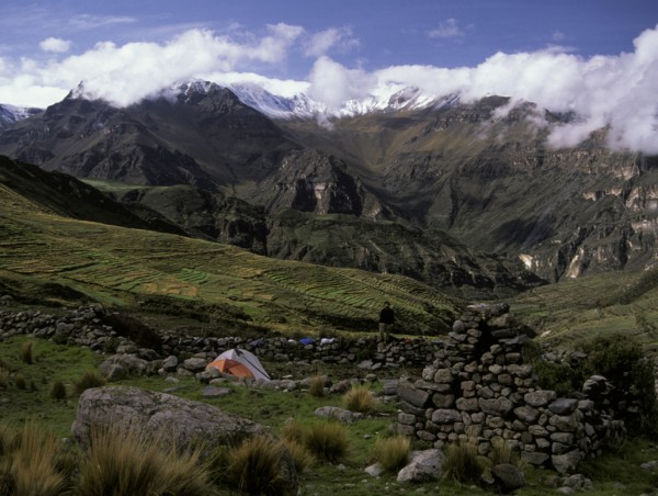 Archaeological expedition in the Peruvian Andes (Kurt Rademaker, University of Maine at Orono).