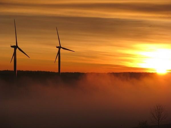 wind-power-10157_640