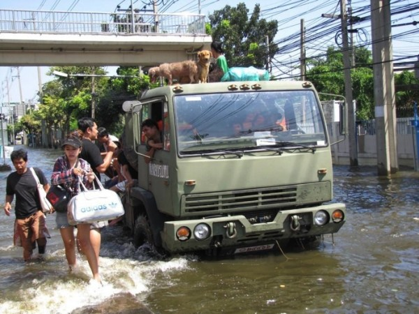 Thailand_floods_Nov_2011_small