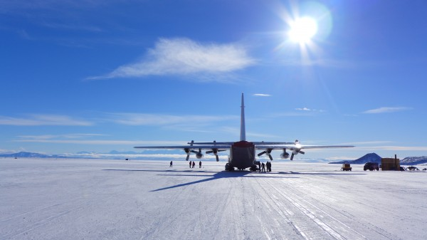 The LC-130 sitting on the ice runway (Credit N. Frearson)