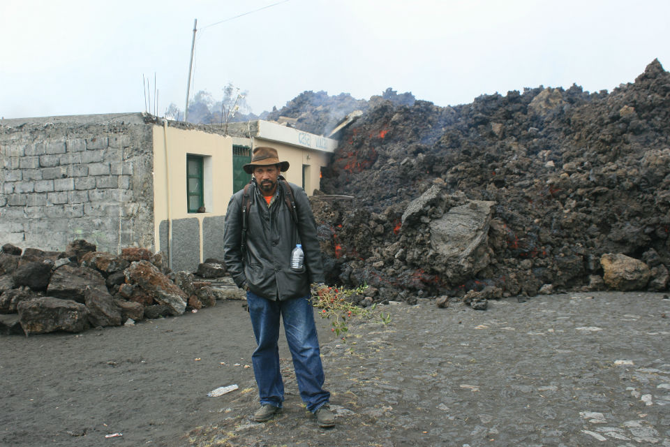man w lava 960