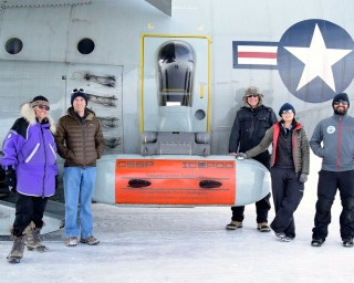 Lamont scientists Robin Bell, Chris Bertinato, Nick Frearson, Winnie Chu and Tej Dhakal with IcePod.