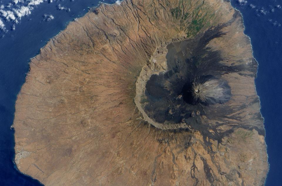 Fogo NASA 960