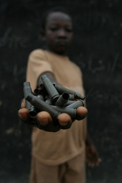 A demobilized child soldier in the Central African Republic. Photo: Pierre Holtz, UNICEF CAR, hdptcar/flickr
