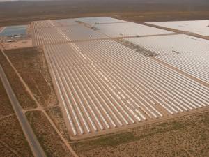 Solar plant in the Mojave. Photo:Akradecki