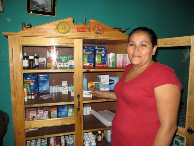 In Honduras, 46 percent of the population lives in rural areas, and people must often travel long distances to get to the nearest pharmacy. This pharmacist is part of a network of 301 trained volunteers in a community pharmacy program run by FUDEIMFA, a partner of Global Partnerships. This network of women operate home-based pharmacies in their rural communities, providing local access to affordable anti-diarrheal medications, painkillers and other kinds of essential medicines. Photo © Global Partnerships.
