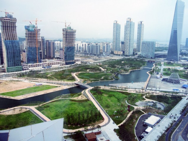 New Songdo City, under construction. Photo: angspud.blogspot.com