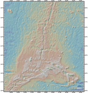 A section from the Marine Geoscience Data System map shows details along the mid-Atlantic ridge.