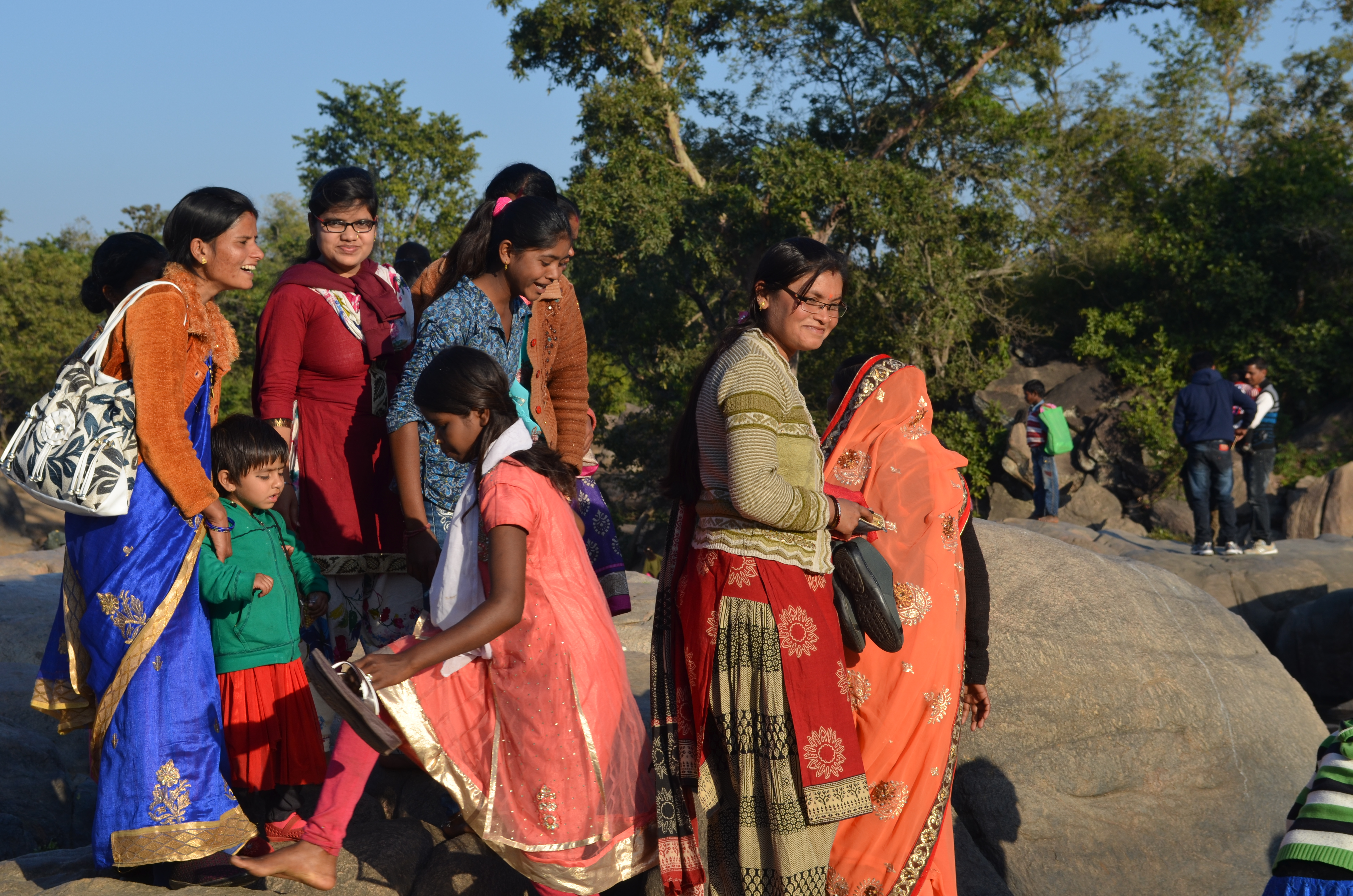 Old traditions still hang on. Along the Banjar River, just outside the park, families gather in their finest clothes for the festival of Makar Sankranti, marking the end of winter.