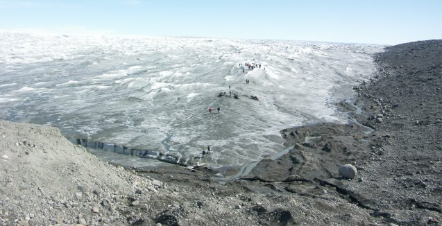 Greenland's ice cap is darkening
