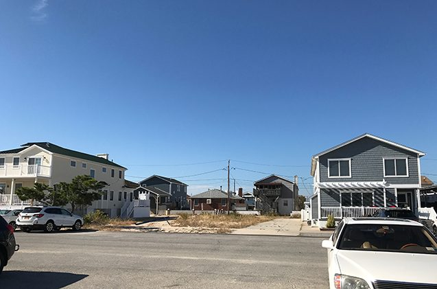 vacant lot at breezy point