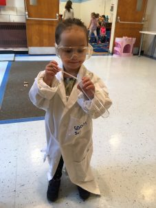 kid dressed as scientist