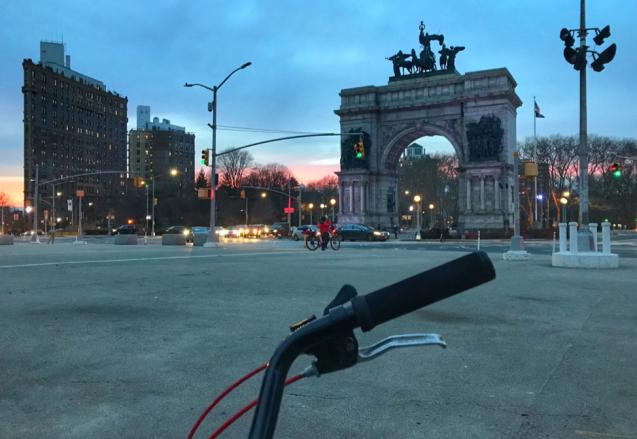 bike in grand army plaza