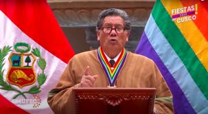 Cusco's mayor, Ricardo Valderrama Fernández, introducing virtual festivities