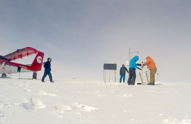 researchers working on the ice sheet